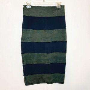 Lululemon Yoga Over Skirt Retro Camo Size 6